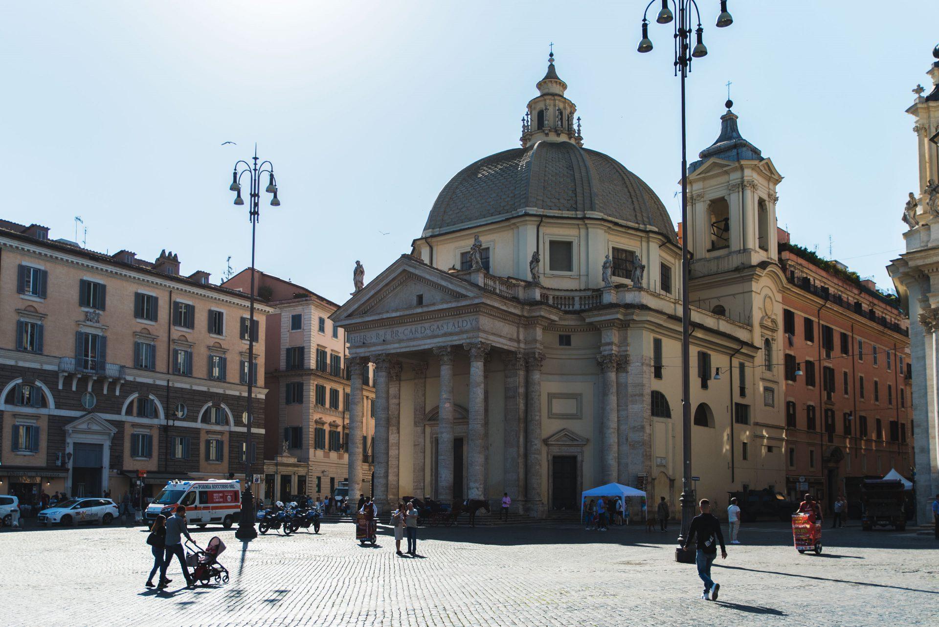 Chiesa di Santa Maria in Montesanto